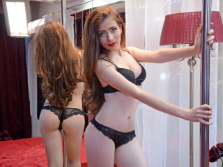 LisaSmith - Show sexy e webcam em direto na XloveCam?