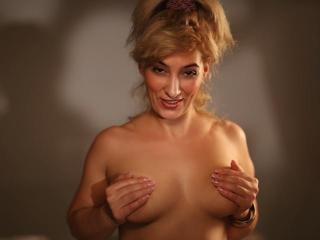NastyBlondie - Live porn & sex cam - 2961858