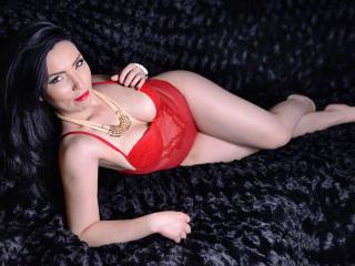 CamyllaRay hot and sexy cam girl