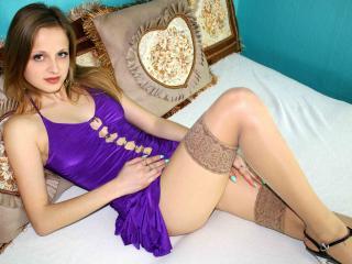 MelanikaW sexy webcam model