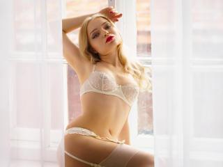 FabianaMoon - 在XloveCam?欣賞性愛視頻和熱辣性感表演