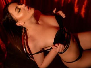 TynaHelenne - Live porn & sex cam - 5332178