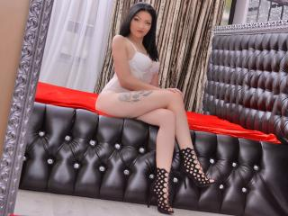 AudreyVivienne live show pussy room