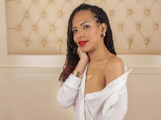 Sexy profile pic of ZoeyCherry