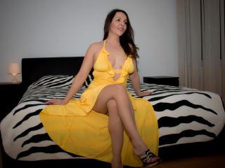Hình ảnh đại diện sexy của người mẫu Aprel để phục vụ một show webcam trực tuyến vô cùng nóng bỏng!