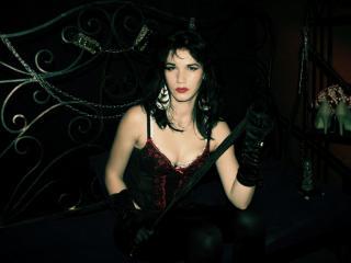 Foto de perfil sexy de la modelo DominatrixKatty, ¡disfruta de un show webcam muy caliente!