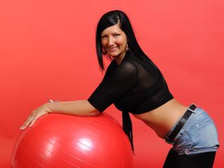 Foto de perfil sexy de la modelo HottKelly, ¡disfruta de un show webcam muy caliente!
