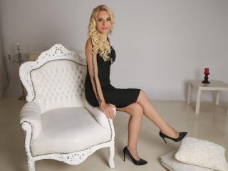 Hình ảnh đại diện sexy của người mẫu LovelyKassandra để phục vụ một show webcam trực tuyến vô cùng nóng bỏng!