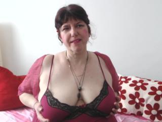 Velmi sexy fotografie sexy profilu modelky MatureAnais pro live show s webovou kamerou!