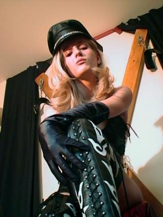 Picture of the sexy profile of MistressMarkise, for a very hot webcam live show !
