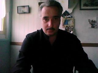 Foto de perfil sexy del modelo Ollivier84, ¡disfruta de un show webcam muy caliente!