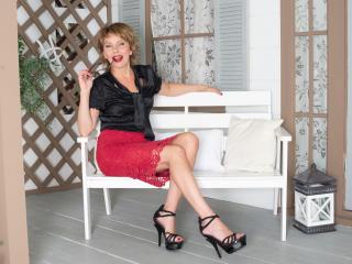 Foto de perfil sexy de la modelo PussyDirtyShow, ¡disfruta de un show webcam muy caliente!