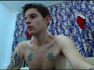 Picture of the sexy profile of ScotScott, for a very hot webcam live show !
