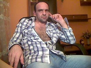 Picture of the sexy profile of Skorpio70, for a very hot webcam live show !