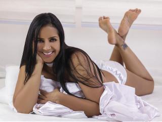 Foto de perfil sexy de la modelo Zamora69, ¡disfruta de un show webcam muy caliente!