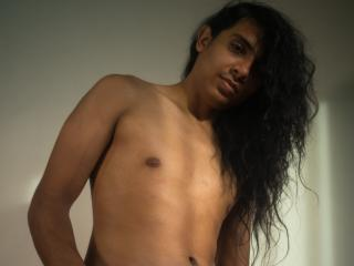 Picture of the sexy profile of ZanderLatin, for a very hot webcam live show !