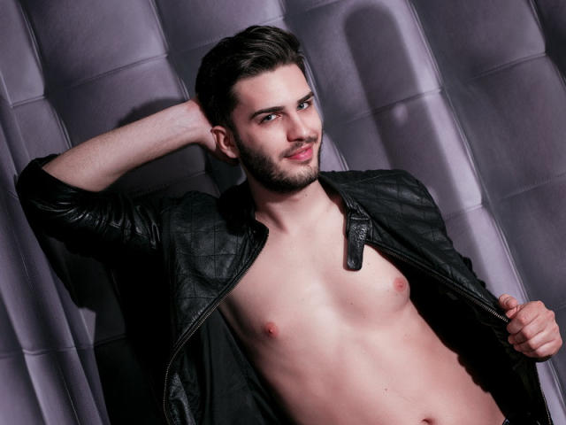 Picture of the sexy profile of AnthonyLopes, for a very hot webcam live show !