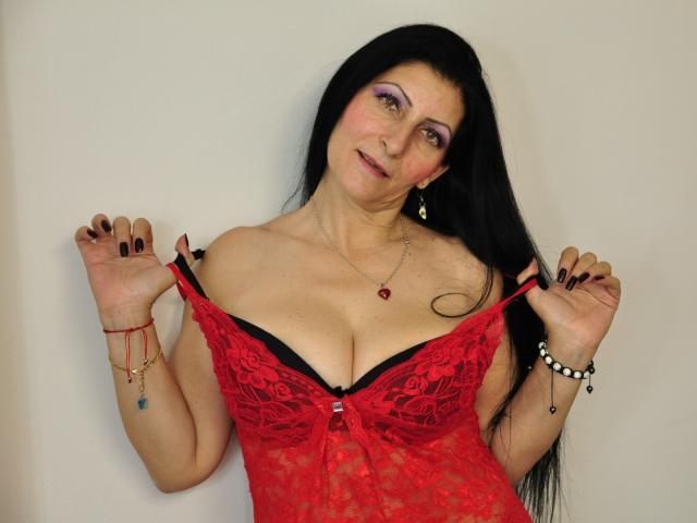 Sexy profilbilde av modellen  LilySweet, for et veldig hett live webcam-show!