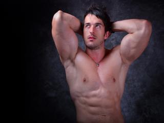 DavidMuscle - Sexy live show with sex cam on XloveCam