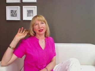 OneBlondeHoney - Sexy live show with sex cam on XloveCam