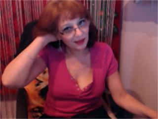 Sexy nude photo of SxyVivian