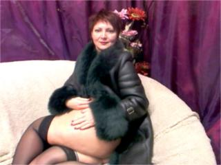 MatureEva - Cam sex with a standard titty Hot chick
