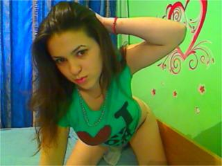 Sherya - Sexy live show with sex cam on XloveCam