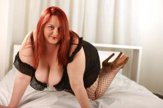 CurvyElla - Sexy live show with sex cam on XloveCam