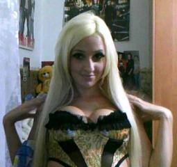 Sexy nude photo of AlienAnna