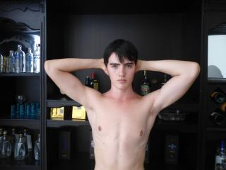TommySexy - Sexy live show with sex cam on XloveCam
