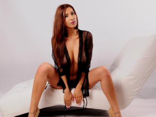 BelleVixen - Sexy live show with sex cam on XloveCam