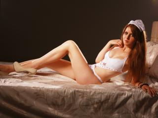 PerfectFemme - Sexy live show with sex cam on XloveCam