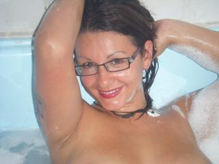 Cachondaqueen - Sexy live show with sex cam on XloveCam