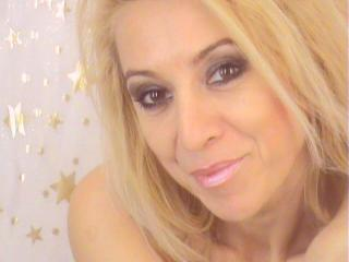 SingleTina - Sexy live show with sex cam on XloveCam