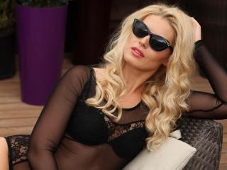 BlondieStarX - Sexy live show with sex cam on XloveCam