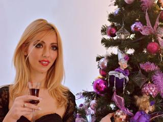 JullyNimpho - Sexy live show with sex cam on XloveCam