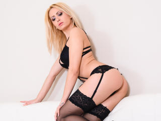 NaomiNash - Sexy live show with sex cam on XloveCam
