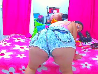 BigTitss - Sexy live show with sex cam on XloveCam®