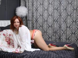 SexyTonik - online show exciting with this redhead MILF