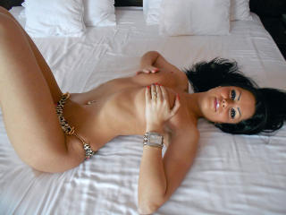 EvaDesireX - Sexy live show with sex cam on XloveCam