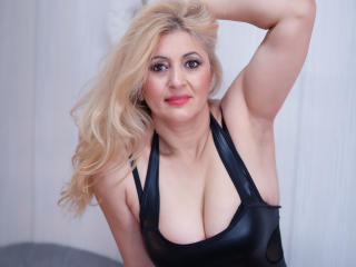 MatureEroticForYou - Live chat sexy with a golden hair MILF
