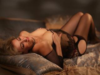 NastyBlondie - Show hot with this light-haired Lady over 35