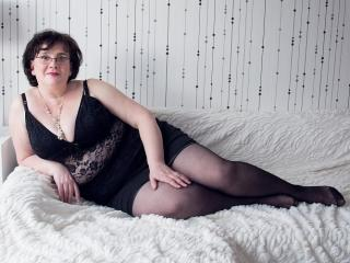 DorisMature - Sexy live show with sex cam on XloveCam