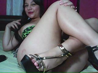 YareBigTits - Sexy live show with sex cam on XloveCam®