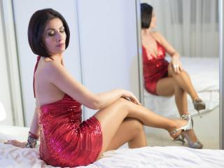 MilfInHeat - Sexy live show with sex cam on XloveCam