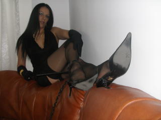 FetisQueen - Show exciting with a black hair Fetish