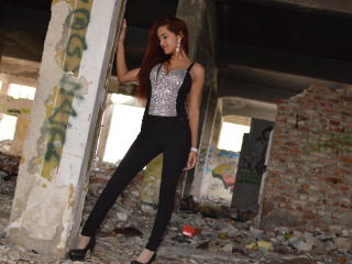 SweetLoraForYou - chat online hard with a slender build Girl