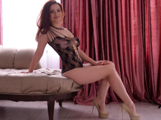 LuanaGold - Sexy live show with sex cam on XloveCam