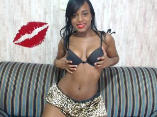 IsabellaFoxy - Sexy live show with sex cam on XloveCam®