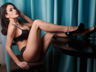 ElegantRebecca - Sexy live show with sex cam on XloveCam®